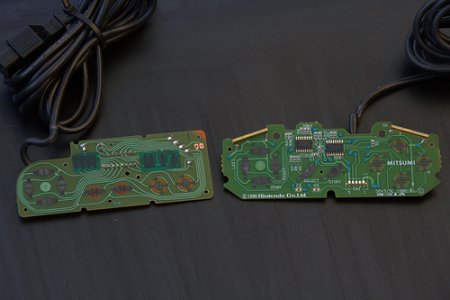 NES and Super Nintendo PCB - CC BY SA par dvanzuijlekom-b82b3