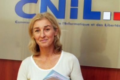 """L'Education au Numérique, Grande Cause Nationale 2014"" ?"